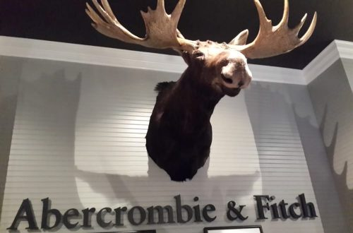 10 Fakta Tentang Perusahaan Pakaian Abercrombie & Fitch